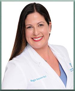 Maggie Gonzalez, Asistente Médico